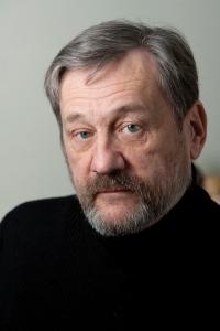 photo of Michael Bronski. Photo by Marilyn Humprhies.